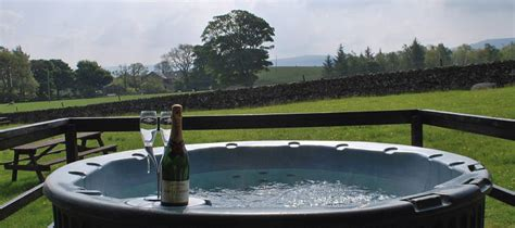 Rent A Cottage In Lake District With Tub by Cottages Log Cabins With Tubs In The Lake District