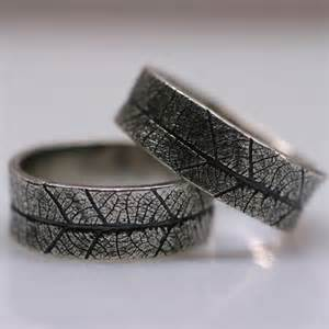 Leaf textured wedding rings silver garden