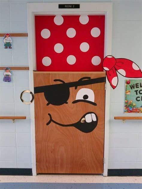 barco pirata salon de fiestas puertas para nuestra clase o sal 243 n ideas para decorar