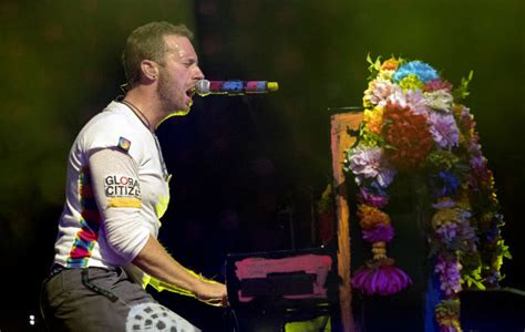 coldplay new song 2017 coldplay to release new music in 2017 nme