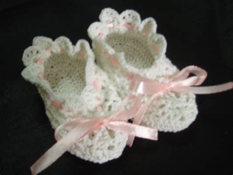 Crochet For Baby crochet pattern for baby booties free crochet patterns