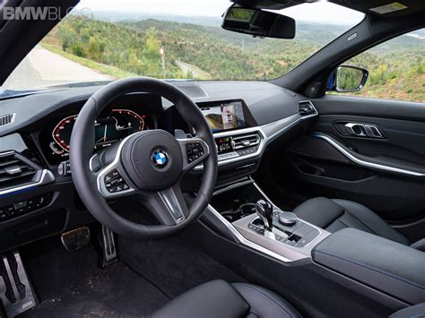 spied bmw  series hatch    interior