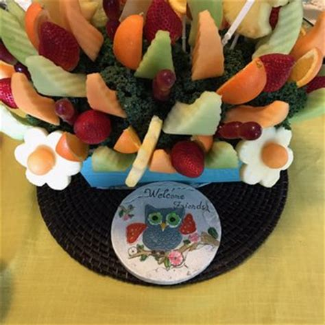 edible arrangements 10 photos 16 reviews gift shops