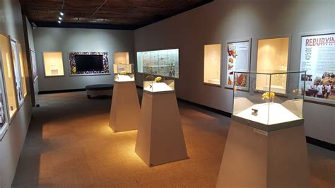 gallery display mapungubwe collection