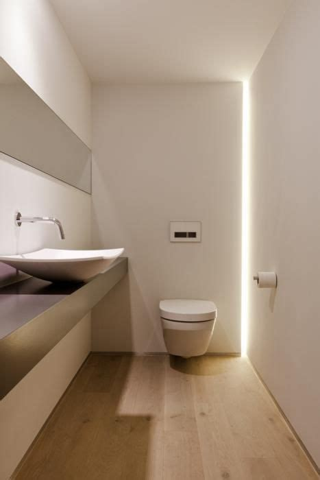 idea luce illuminazione illuminare un bagno cieco con strisce e faretti a led