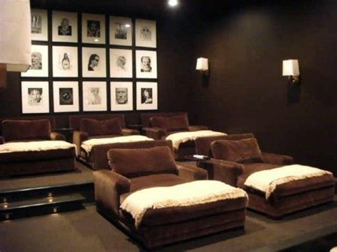 nice home theater    beds future house