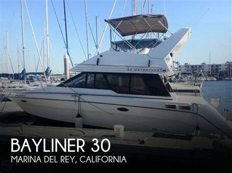 boat jobs marina del rey 30 foot bayliner 30 30 foot bayliner motor boat in