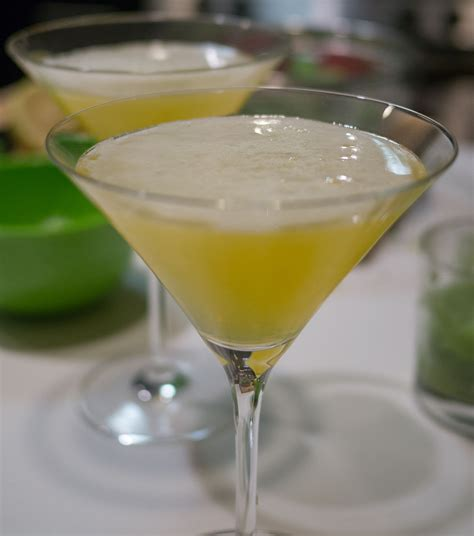 lemon drop martinis lemon drop wikipedia