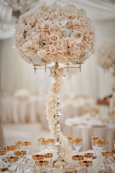 12 Stunning Wedding Centerpieces Part 20 Belle The Centerpiece Ideas