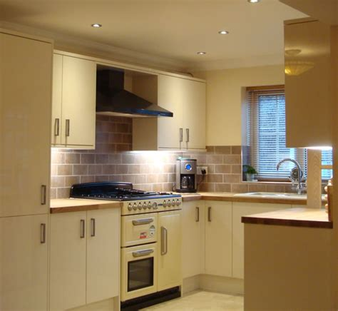 tiling ideas for kitchen walls kitchen tiling swindon kitchen wall and floor tiling