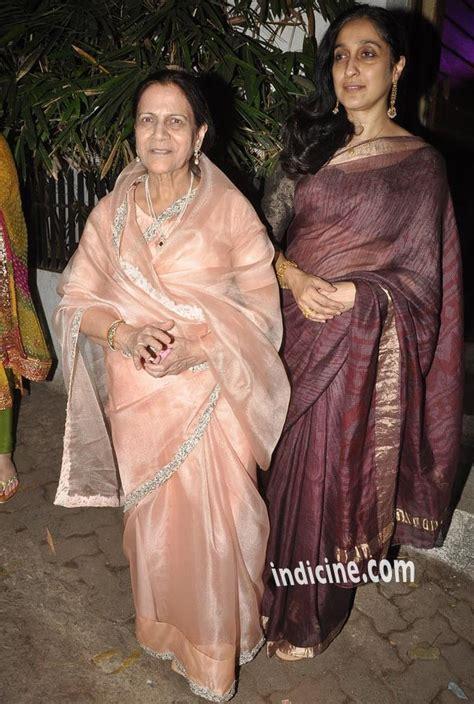 Aamir's mother Zeenat Hussain with Imran's mother Nuzhat Khan