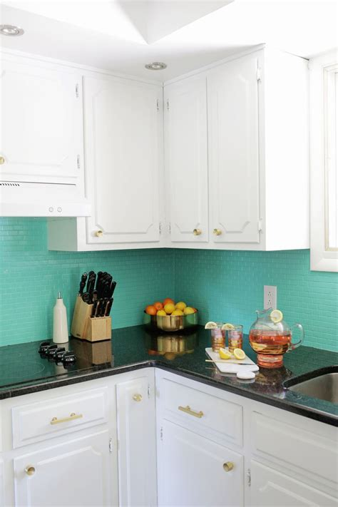 backsplash for kitchen walls 15 great storage ideas for the kitchen anyone can do 5 tutorials kitchens and painted tiles