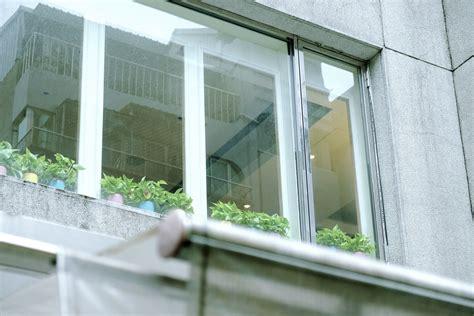 veranda mit balkon kostenlose foto die architektur haus fenster glas