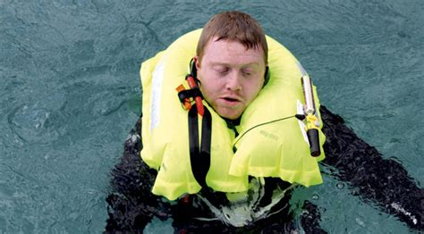 Spinlock Key exclusive test 10 of the best lifejackets tested to the max page 7 of 12 motor boat yachting