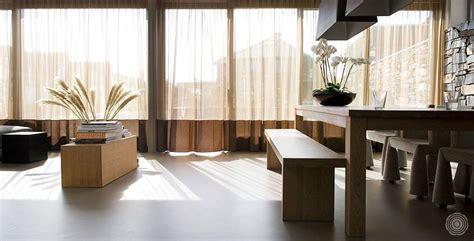 warmer bodenbelag wohnzimmer senso fugenloser bodenbelag senso gussb 246 den