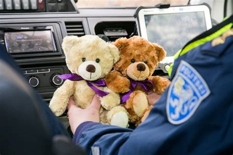comfort teddy bears estonian police will use teddy bears to comfort children