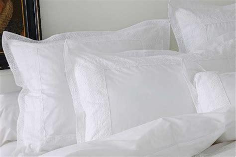 linge de lit anecdotes blanc de sylvie thiriez