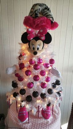 Minnie Mouse Tree Decorations by 1000 Ideas About Mickey Mouse Tree On