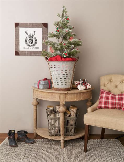 home goods holiday decor 99 best holiday decorating images on pinterest merry