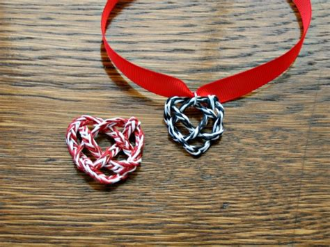 How To Make Paper Yarn - knot necklaces by all things paper project