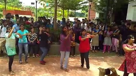 Sv Mba Department by Flash Mob By Mba Department In Vit Chennai
