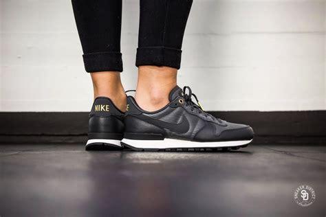 Nike Internasionalist Premium nike s internationalist premium anthracite summit