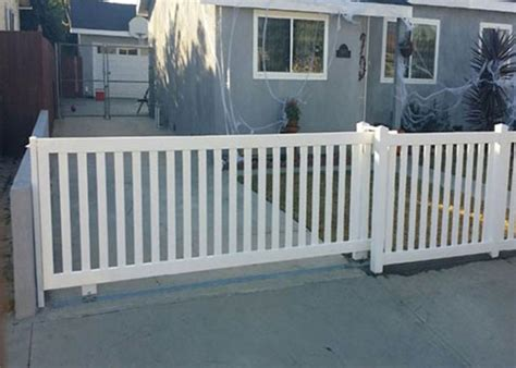 12 Foot Vinyl Gate by J J Fence Vinyl Fence Gallery Vinyl Fence Installation