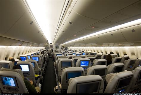Japan Airlines Cabin by Boeing 767 346 Er Japan Airlines Jal Aviation Photo