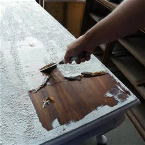 Furniture Stripping by Best 25 Repaint Wood Furniture Ideas On Repainting Furniture Painting Furniture
