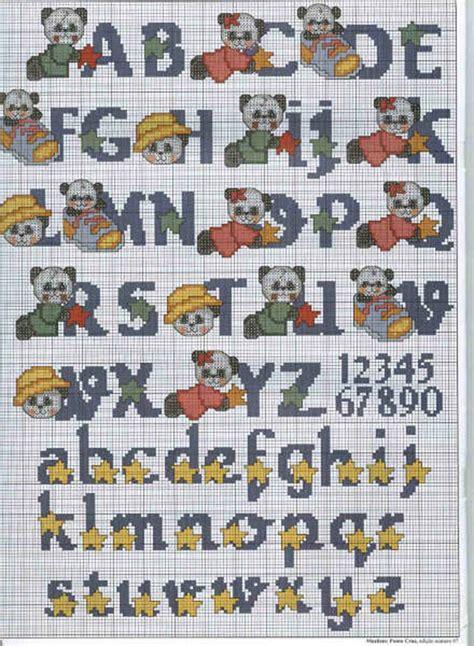 lettere alfabeto maiuscole da stare alfabeto punto croce minuscolo e maiuscolo con panda