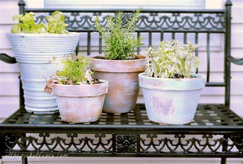 vasi shabby chic vasi di terracotta shabby chic fai da te 20 idee tutorial