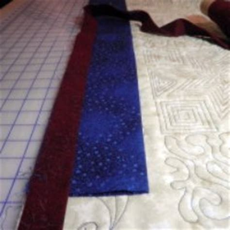 How To Hang A Quilt With A Sleeve by How To Hang A Quilt Using A Quilt Wall Hanger And A