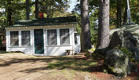 lake winnipesaukee cottage rentals secluded lake winnipesaukee cottage homeaway laconia