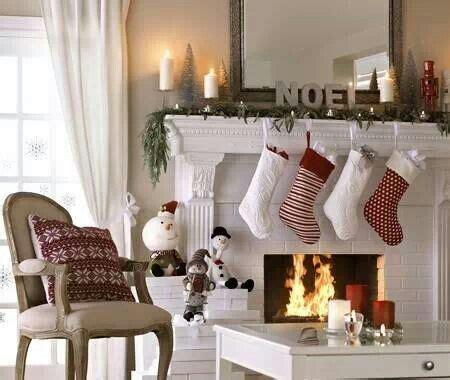 decorazioni per camini camino addobbi natalizi