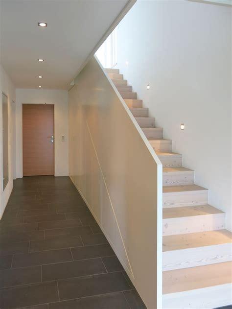 speisekammer unter treppe die besten 25 stauraum unter der treppe ideen auf