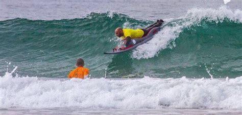 porto livorno partenze surf per disabili livornese in partenza per il portogallo
