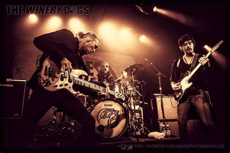 winery dogs loud and proud records the winery dogs