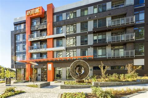 design management group reston va suburbs heat up as downtown rents cool multifamily