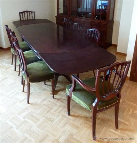 importante conjunto de mesa de comedor extensib vendido