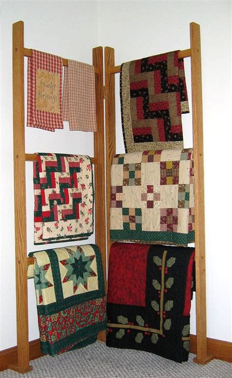 Quilt Rack Display by Best 25 Quilt Racks Ideas On Farmhouse Quilts