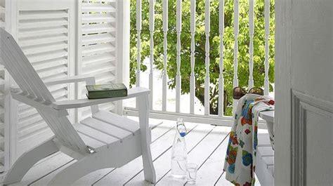 aménager un petit balcon en ville 3054 couleur noyer silver