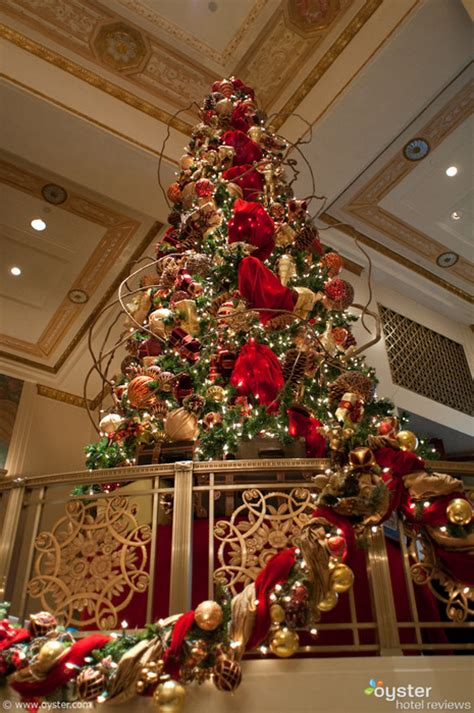 new york hotels deck their halls for christmas oyster com
