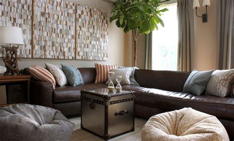 What Colours Go With Brown Sofa by What Colors Work Well With Brown In The Bedroom