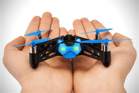 Parrot Mini Drone Rolling Spider parrot minidrone rolling spider hiconsumption