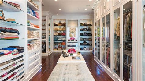 Your Big Closet by Picture Of Extremly Big Closet That Display Clothes Really