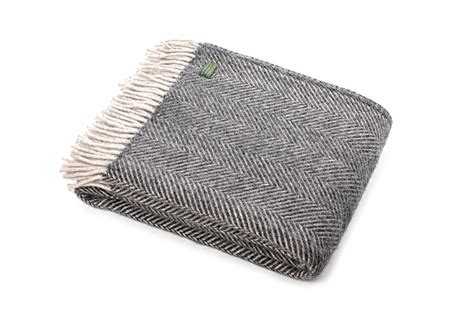 quality throws for sofas 20 collection of grey throws for sofas sofa ideas