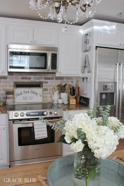 Kitchen Makeovers With White Appliances 1000 Ideas About White Appliances On