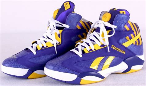 shaquille o neal basketball shoes sports memorabilia auction pristine auction