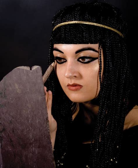 information on egyptain hairstlyes for and art and fashion of ancient egypt yours truly zhivali