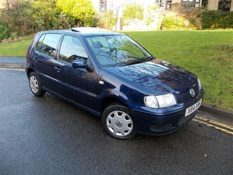 volkswagen polo 2000 used volkswagen polo 2000 blue paint petrol 1 4 match 5dr